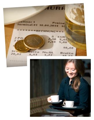 Bild: Rechnung & Trinkgeld, Bild: Kellnerin bringt Kaffee